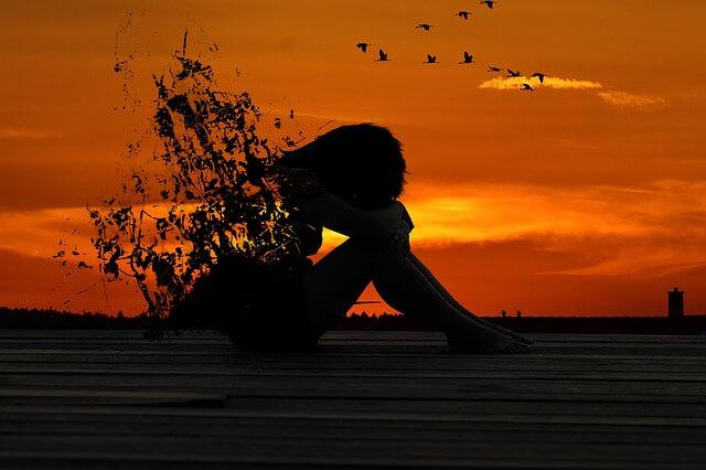 彼氏といると虚無感を感じる原因|意味のない人生を送りたくない